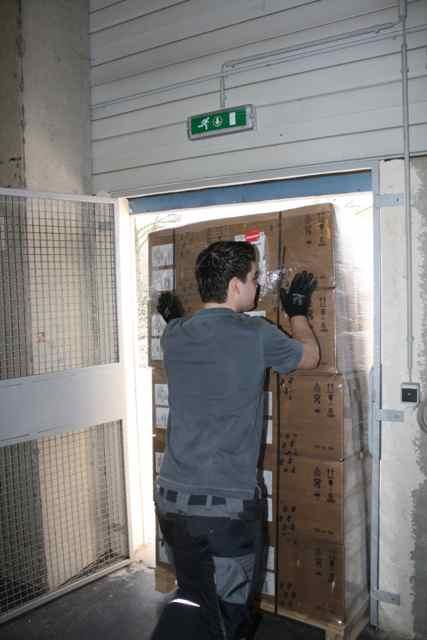 Einlagern der Server ins Lager